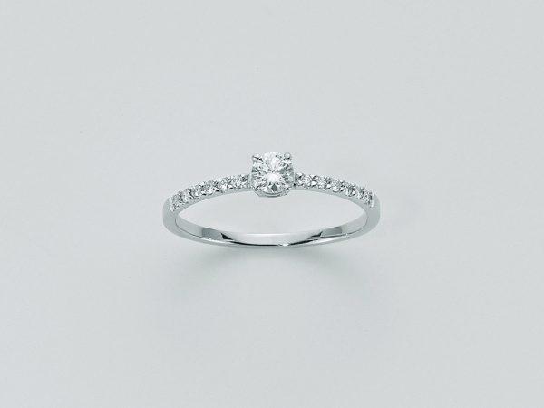 Miluna anello in oro bianco 18 Kt con diamanti naturali LID2311_012G7
